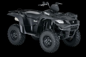 A Special Edition model for 2016 features Matte Black body work along with Power Steering and the rest of the KingQuad's top-grade features.